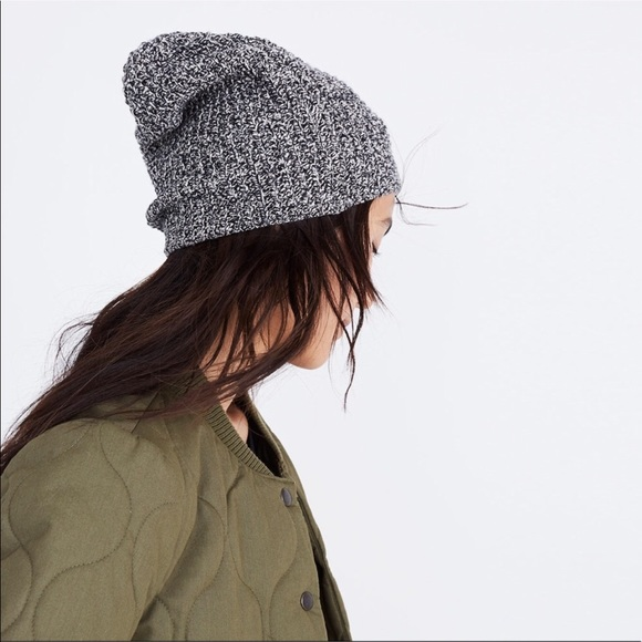 99883e27e36 Madewell Accessories - Madewell Slouch Beanie in Marled Noir